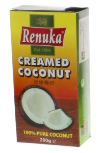 Renuka Kokoscreme in Tetrapack auf vor weissem Hintergrund