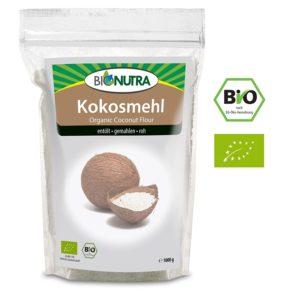 BioNutra Kokosmehl in Tüte auf weissem Grund